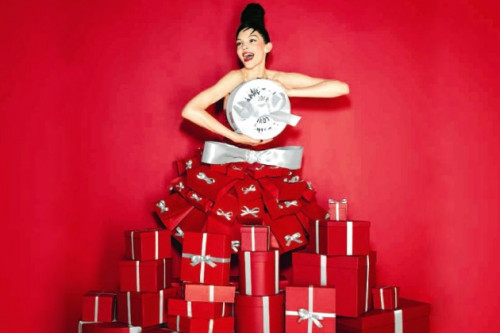10 Beauty & Makeup Kits Yang Bisa Anda Jadikan Rekomendasi Hadiah Natal