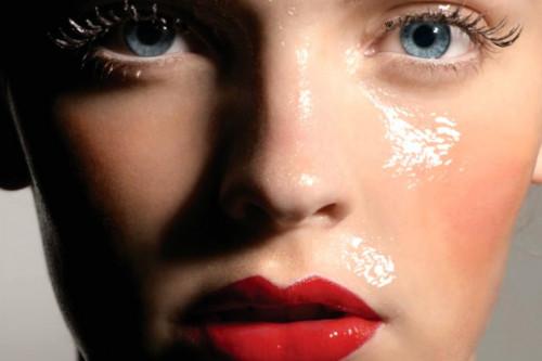 1001 Manfaat Face Oil Yang Baik Untuk Kecantikan Kulit Wajah