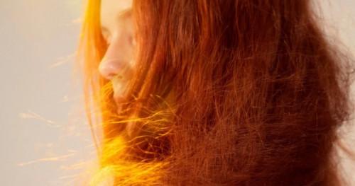 5 Bahan Alami untuk Mengatasi Rambut Kering & Kusam