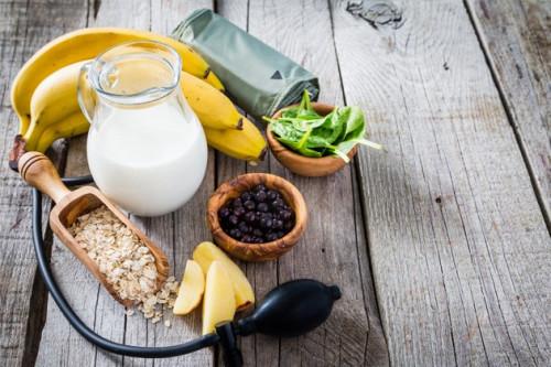 5 Jenis Makanan Yang Wajib Dihindari Para Penderita Hipertensi