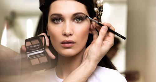 6 Tahap Mengaplikasikan Eyeshadow Sempurna