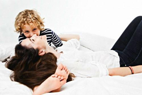 7 Cara Menjadi Sahabat Untuk Anak Anda