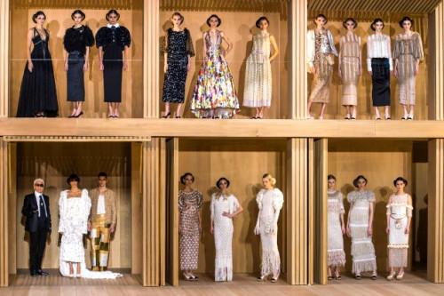 8 Koleksi Busana Haute Couture Spring Summer 2016 Yang Mencuri Perhatian