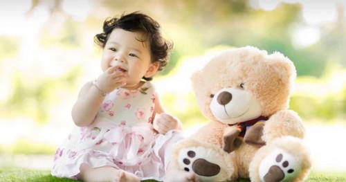 Alasan Penting Bayi dan Balita Tidak Perlu Pakai Perhiasan