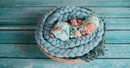 Bayi Baru Lahir Tidur Terus? Inilah 3 Fakta yang Wajib Ibu Baru Ketahui