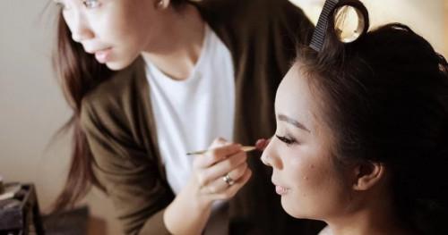 Calon Pengantin: Jangan Lakukan 4 Hal ini Sebelum Ber-Make Up