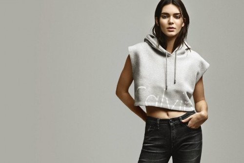 Calvin Klein Kecewa Dengan Kendall Jenner Yang Menjadi Model Iklan Terbarunya