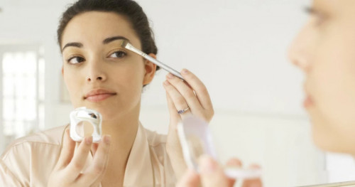 Cantik di Hari Raya Lebaran dengan Pilihan Make Up Berikut Ini
