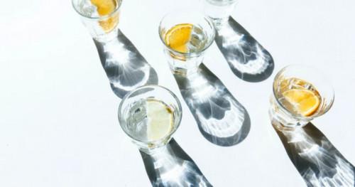 5 Cara Membuat Infused Water Lemon yang Mudah dan Menyegarkan!