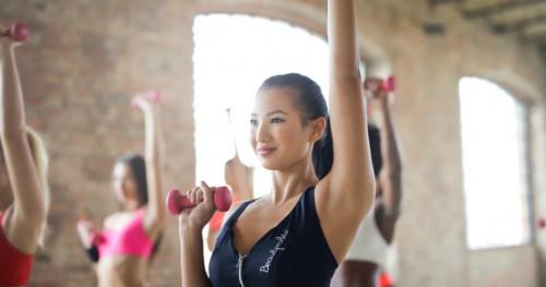5 Cara Mengecilkan Lengan dengan Olahraga