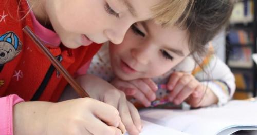 Cara Mudah Mengajari Anak Menabung Sejak Dini