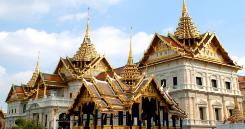 Catatan Manis di Balik Rangkaian Upacara Megah Kremasi Raja Thailand
