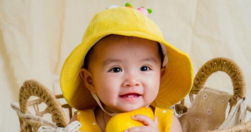 Kenali 5 Ciri-ciri Bayi Tumbuh Gigi