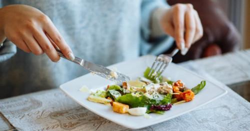 3 Jenis Makanan untuk Diet Ibu Menyusui