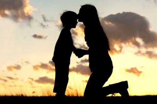 Eksklusif: Dewi Semarabhawa Berbagi Tip Untuk Mengasuh Anak Berkebutuhan Khusus