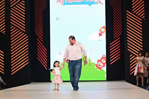 Gemasnya, Para Anak Bermain Dengan Benda Kesayangan Di Gingersnaps Fashion Nation