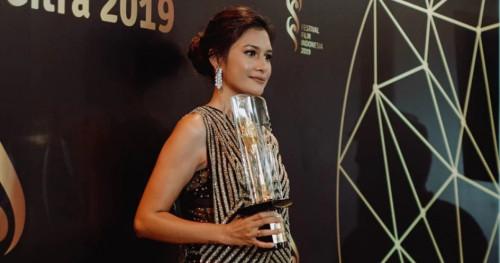 Geser Nirina Zubir Hingga Sissy Prescillia, Raihaanun Resmi Bawa Pulang Piala Citra