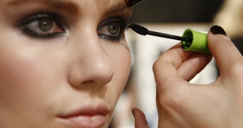 Hindari Terlalu Sering Menggunaan 5 Produk Kecantikan Ini