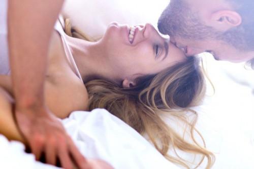 Inilah Waktu Terbaik Untuk Kembali Berhubungan Intim Pasca Melahirkan