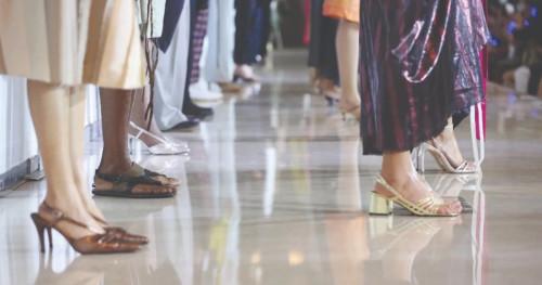 Jakarta Fashion Week 2020: Koleksi Busana Tangan yang Belum Selesai Sepenuhnya