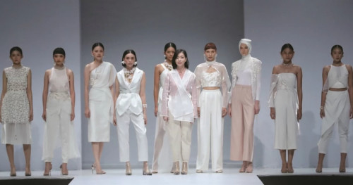 Jakarta Fashion Week 2020: Natalia Kiantoro Menawarkan 2 Koleksi Busana Terbarunya Sekaligus!
