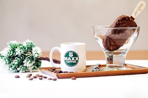 Jelang Natal, Maxx Coffee Hadirkan Menu Baru Yang Dingin Menyegarkan
