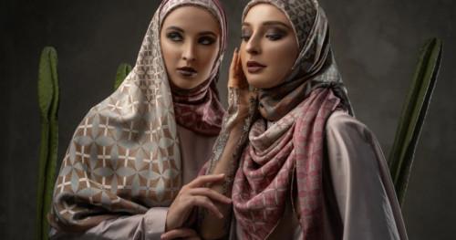 Katonvie x Itang Yunasz: 8 Koleksi Hijab 8 Sudut yang Modis