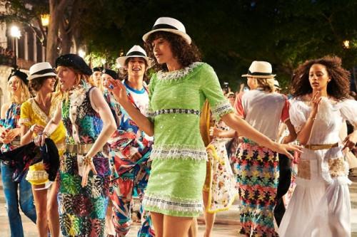 Kejutan Cantik Kembali Disuguhkan Oleh Fashion Show Chanel Resort 2017 di Kuba