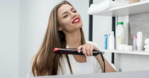 5 Hal yang Harus Dihindari Saat Menggunakan Catokan Agar Rambut Tidak Rusak