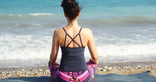 Kurangi Stres dan Depresi dengan Yoga