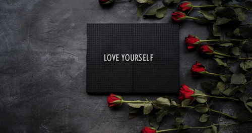 Lactacyd: Perayaan International Women's Day dengan Kampanye #LoveYourselfCompletely