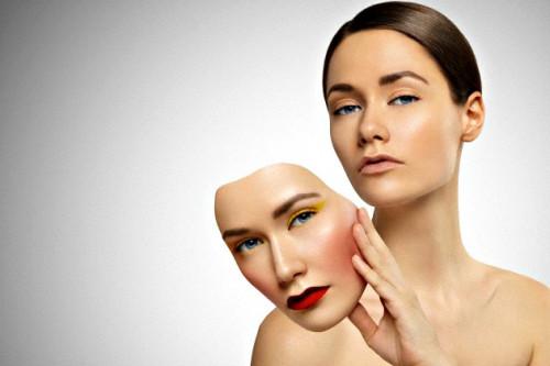 Lakukan Detoksifikasi Pada Kulit Wajah Dengan Metode Diet Makeup 5:2