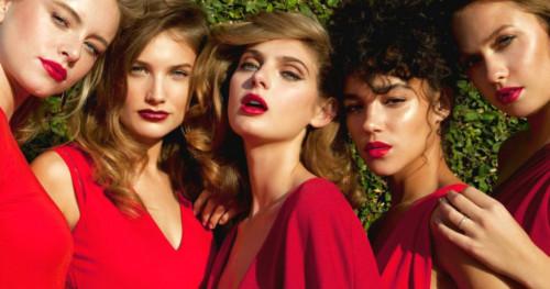 Lipstik Merah Ceri Untuk Semua Warna Kulit