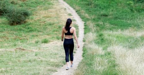 Yuk, Cari Tahu Apa Saja Manfaat Berjalan Kaki Selama Kurang Lebih 60 Menit