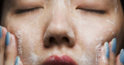 4 Hal yang Jangan Dilakukan Saat Mencuci Wajah