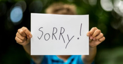 Ini Dampak Bila Memaksa Anak untuk Minta Maaf