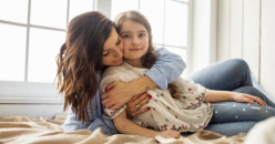 Kenali Tanda-Tanda Anak Belum Siap untuk Tidur Sendiri