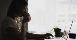 Tips Agar Tidak Mudah Lelah di Depan Layar Laptop