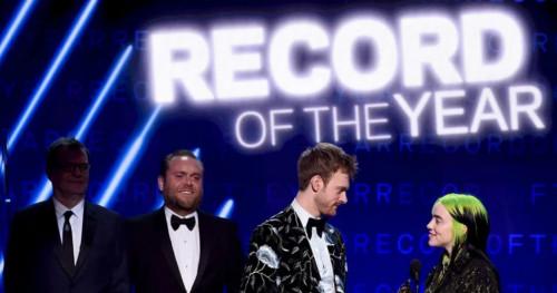 Megah dan Meriah, Ternyata 'Grammy Awards' Menyimpan Banyak Drama Serta Skandal