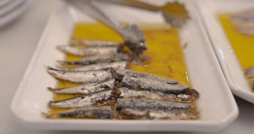 Meski Nikmat, Ikan Asin dan Nasi Hangat Punya Efek Samping Bagi Kesehatan