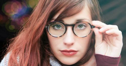 Tips Memilih Model Frame Kacamata Sesuai Bentuk Wajah