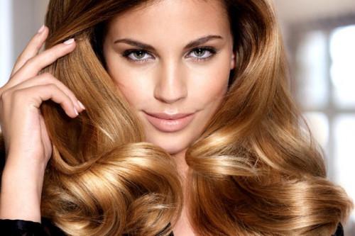 Para Hair Stylist Internasional Ini Berikan 5 Trik Membuat Rambut Lebih Bervolume