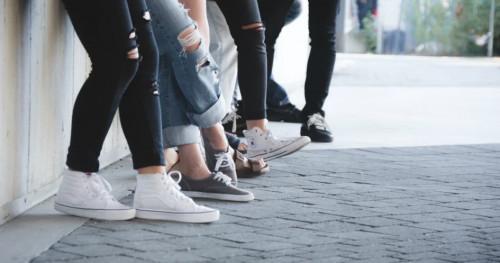 Penyebab dan Cara Menghindari Kaki Melepuh Saat Pakai Sepatu