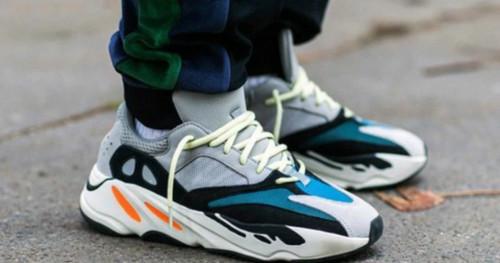 Penasaran Apa Perbedaan Sepatu Kets dan Sneakers? Intip di sini!