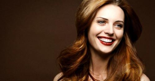 Pilih Model Rambut Yang Sesuai Usia Anda Agar Tak Terlihat Tua