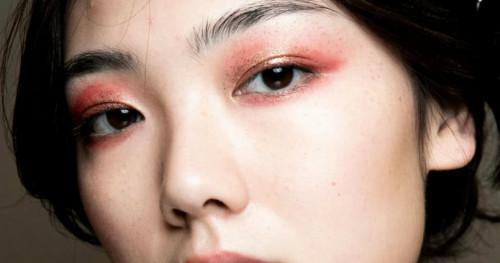 Rekomendasi Eye Primer untuk Dapatkan Riasan Mata yang Tahan Lama Saat Natal