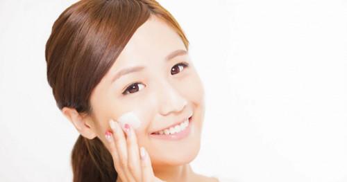 Ini Bedanya Skincare Pemutih Wajah dan Pencerah Wajah. Sudahkah Anda Tahu?
