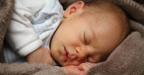 Berapakah Suhu Tubuh Normal Bayi? Dan Bagaimana Cara Mengukurnya? Ini Jawabannya