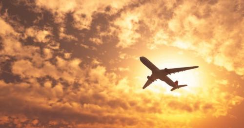 Tips Jitu Mengatasi Panik Akibat Turbulensi Pesawat Terbang