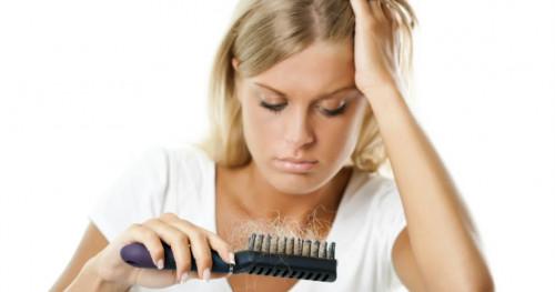 4 Rekomendasi Vitamin untuk Rambut Rontok